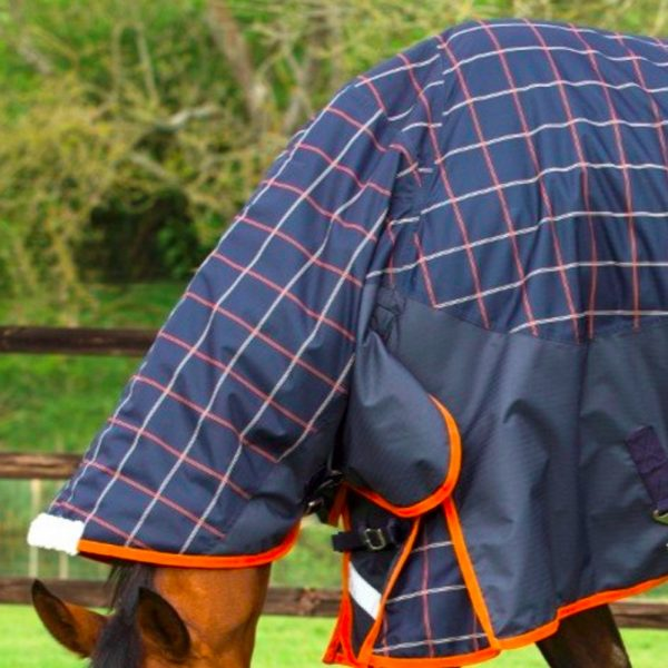 Mark Todd Mediumweight Turnout Rug Neck Cover