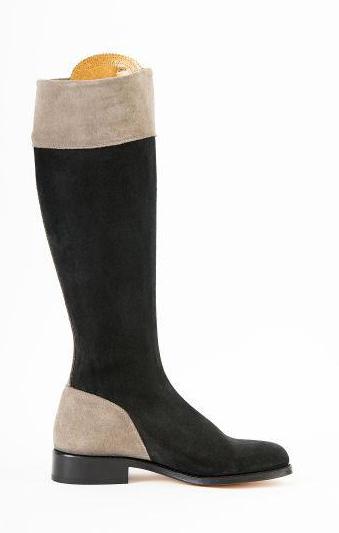 spanish-boots-black-stone-inside