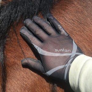 Roeckl-Laila-Suntan-Glove-Black-Lifestyle