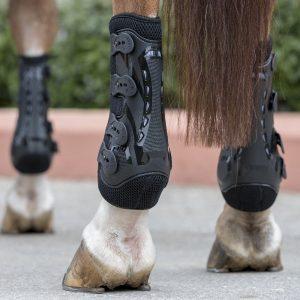 LeMieux snug boot pro black2
