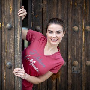 My-LeMieux-Jadore-T-Shirt-French-Rose-Lifestyle-Image-2