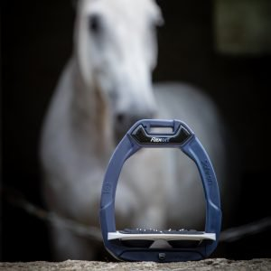 Flex-on-safe-on-stirrups-lifestyle-image-2