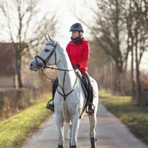 Cavallo-Loop-Lifestyle-Image