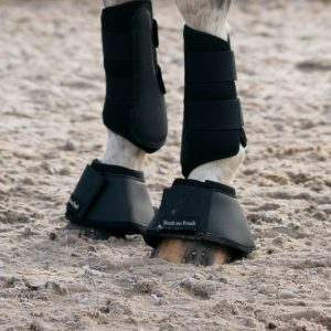 Back-on-Track-Equine-Bell-Boots-Classic-Black-2