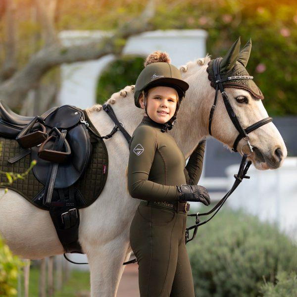LeMieux-Suede-Saddle-Pad-Lifestyle-Image-11