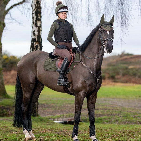 LeMieux-Suede-Saddle-Pad-Lifestyle-Image-9