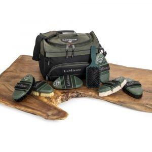 Prokit-Lite-Grooming-Bag-Range-Image-4